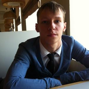 Евгений, 27 лет, Североуральск