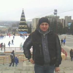 Рома, 41 год, Михайловск