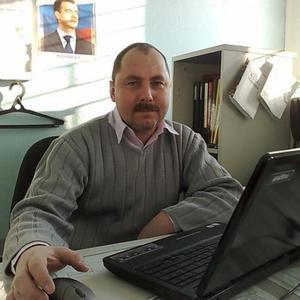 Александр, 55 лет, Муравленко